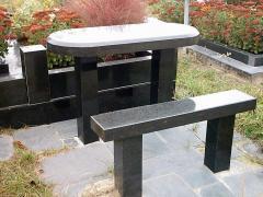 Скамейки гранитные разных форм
