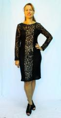Woolen dress with lace