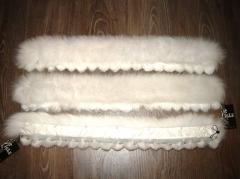 Natural fur of a fox to buy an edge from natural