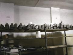 Cradles for glasses, briquettes of ice cream of