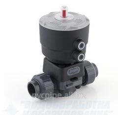 Membrane valves with a pneumatic actuator