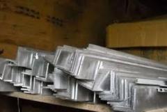 Уголок  25х25х2 алюминиевый равнополочный...