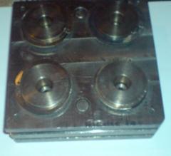 Пресс-формы для отливки  для резиновых и