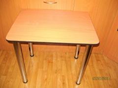 Стол кухонный новый с закругленными концами