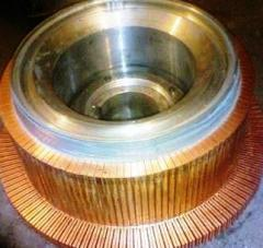 The collector to electric motors miner traction