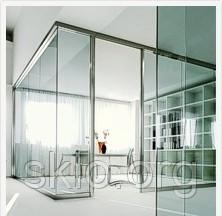Stationary partitions from glass