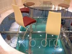 Floor from transparent safety glass