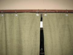 Curtains from tarpaulin for warming of gate of