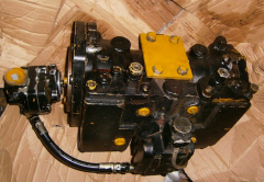 Hydraulic pump of the KAYABA (KYB) PSV2-55T