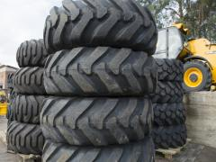 Wheels for telescopic loaders