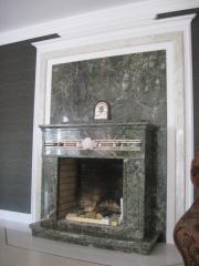 Подоконник мраморный, столешница, камин (портал),