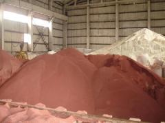 The potassium chloride granulated