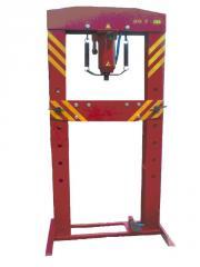 Press pneumatichydraulic PPG-30