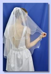 """Свадебная фата """"Плавная кайма""""."""