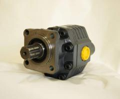 Pump of gear 82 l.
