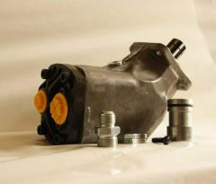 Axial and piston pump of 85 l.