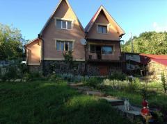 Site + House.