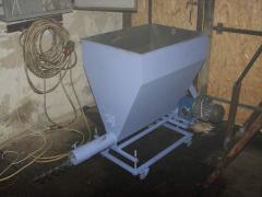 Shnekovy feeder of the furnace opilka, peel,