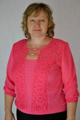 Female blouse with guipure and a chiffon sleeve