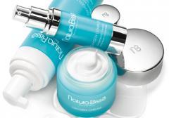 Cosmetics the oxygenating Oxygen line