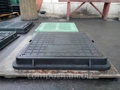 Люк квадратный канализационный полимерпесчаный садовый в черном цвете, нагрузка 0.8 т.