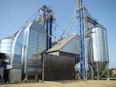 Grain dryers