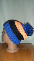 Женская шапка синяя вязаная
