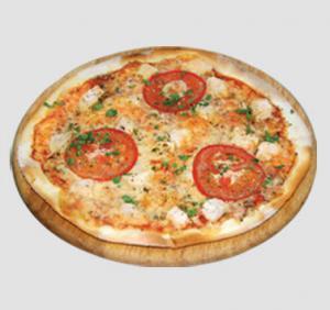 Пицца тонкая на камне с курицей маленькая