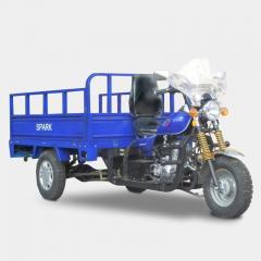 الدراجة ذات العجلات الثلاث والدراجات النارية