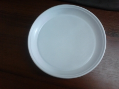 Plate of plastic disposable 205 ml (100 pieces)