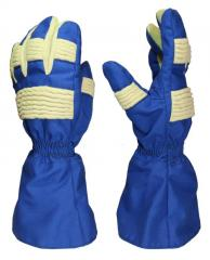 Gloves of the oil industry worker