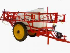 Field crop sprayers with separate feed of
