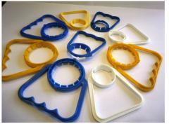 Polyethylene handles for transportation of PET of