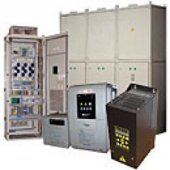 Varias electromáquinas y sus componentes