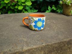 Cups are ceramic