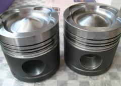 Pistons for locomotives