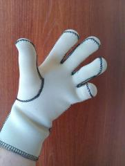 Gloves are neoprene oilproof