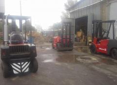 Fork trucks with the diesel Balkancar engine