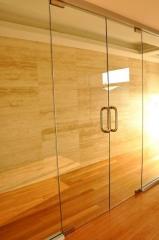 Doors are glass oar