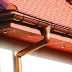 Plums rain, metal drainpipes