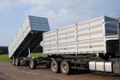 Автопоезд зерновоз Bronton-70, погрузка (выгрузка)