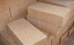Изделия огнеупорные для кладки сводов сталеплавильных печей в ассортименте