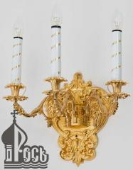 Sconce on 3 candles
