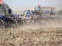 Доставка и внесение жидких азотных удобрений в