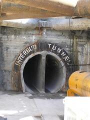 Опалубка для производства бетонных блоков, используемых в строительстве портовых сооружений