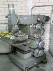 Machine shirokouniversalny milling tool 67M20B,