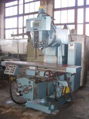 The machine vertically milling 6T13-29, 1992, to /