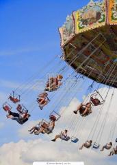 Metal structures for amusement park