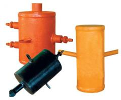 Vessels equalizing condensation, vessels separate