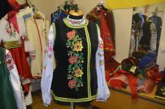 Korsetka is Ukrainian velvet, an embroidery